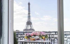 Terraces, Rooftops and Gardens: The Best Places to Eat Outside in Paris