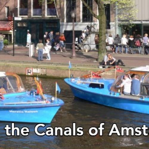 Amsterdam's most popular tourist attraction: Canal cruise