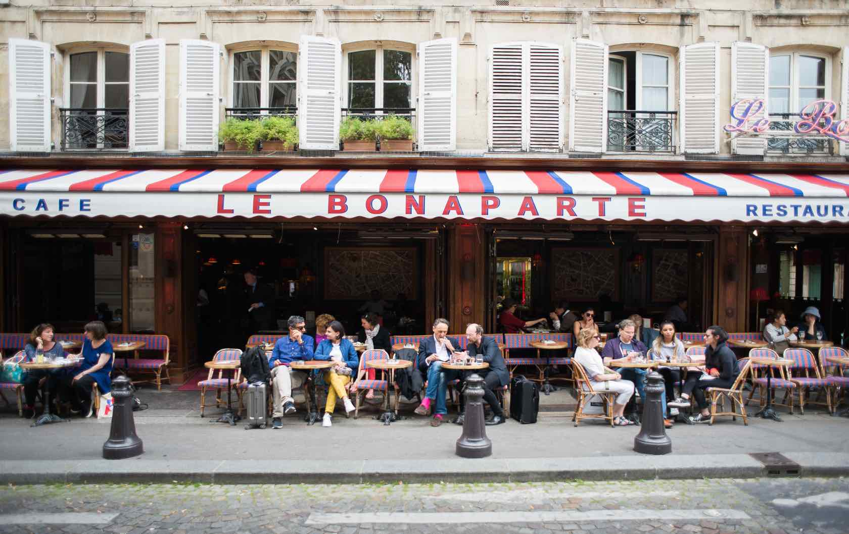 Everything You Want To Know About the Café Terraces in Paris