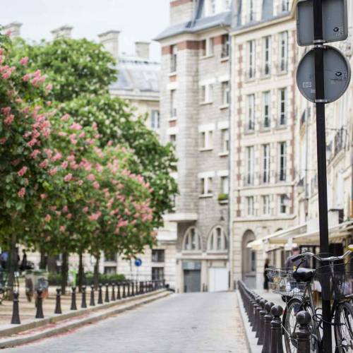 15 of the Most Beautiful Squares in Paris