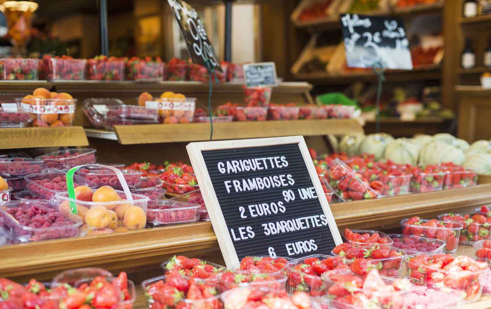 11 of the Best Food Streets in Paris that will Feed your French Food Cravings