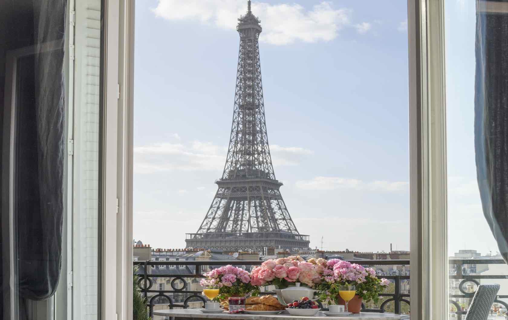 Two-Bedroom Paris Vacation Rentals that will Give you Real Estate Envy