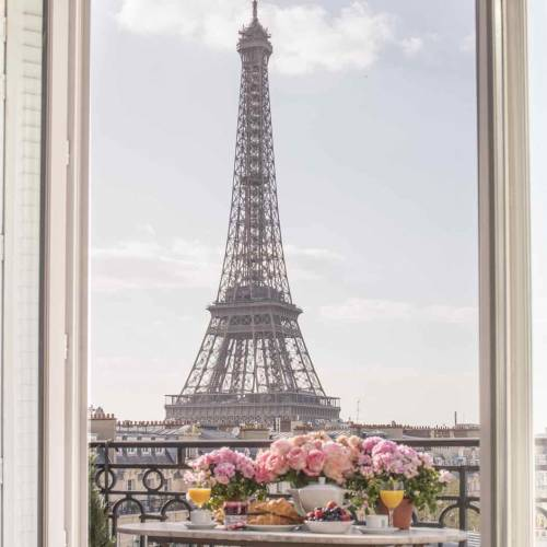 12 Francophile Gifts to Buy your Paris-Loving Friends and Family