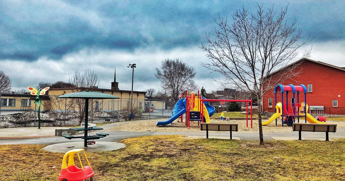 Parents in Toronto need to immediately stop taking their kids to playgrounds
