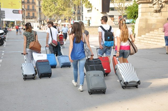 Where to Store Your Luggage in Barcelona