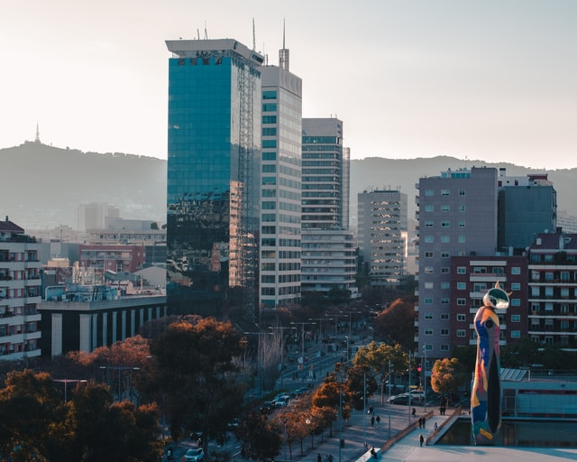 5 Factors to Consider When Buying Property to Rent Out in Barcelona