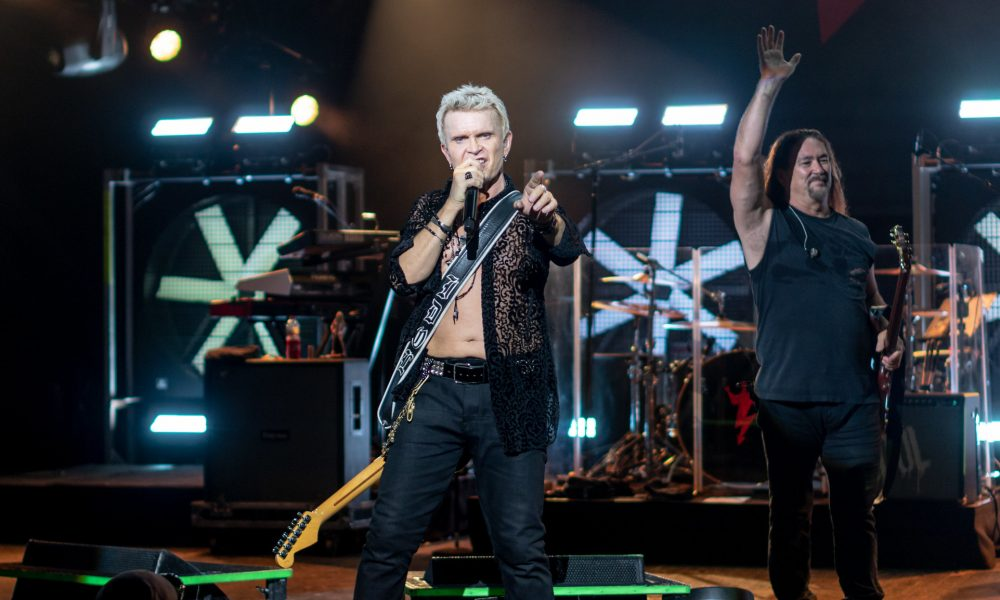 Billy Idol to Strut Vegas Stage in October