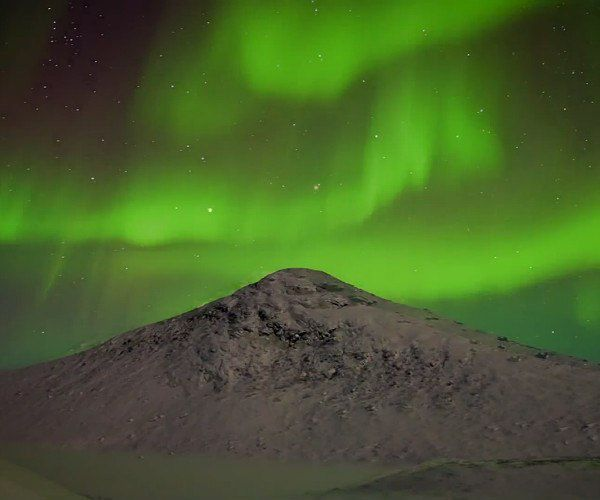 Journey video of the week: Northern Lights in Greenland