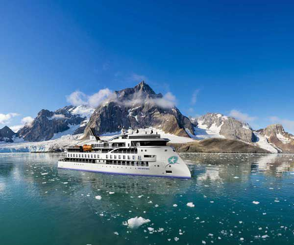 Prime 5 cruises for an unforgettable luxurious vacation in Antarctica