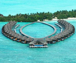 5 nights of luxurious within the Maldives, with two nights in Dubai 'thrown in'!