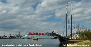 Hotel on a boat in Amsterdam: 3-star Botel