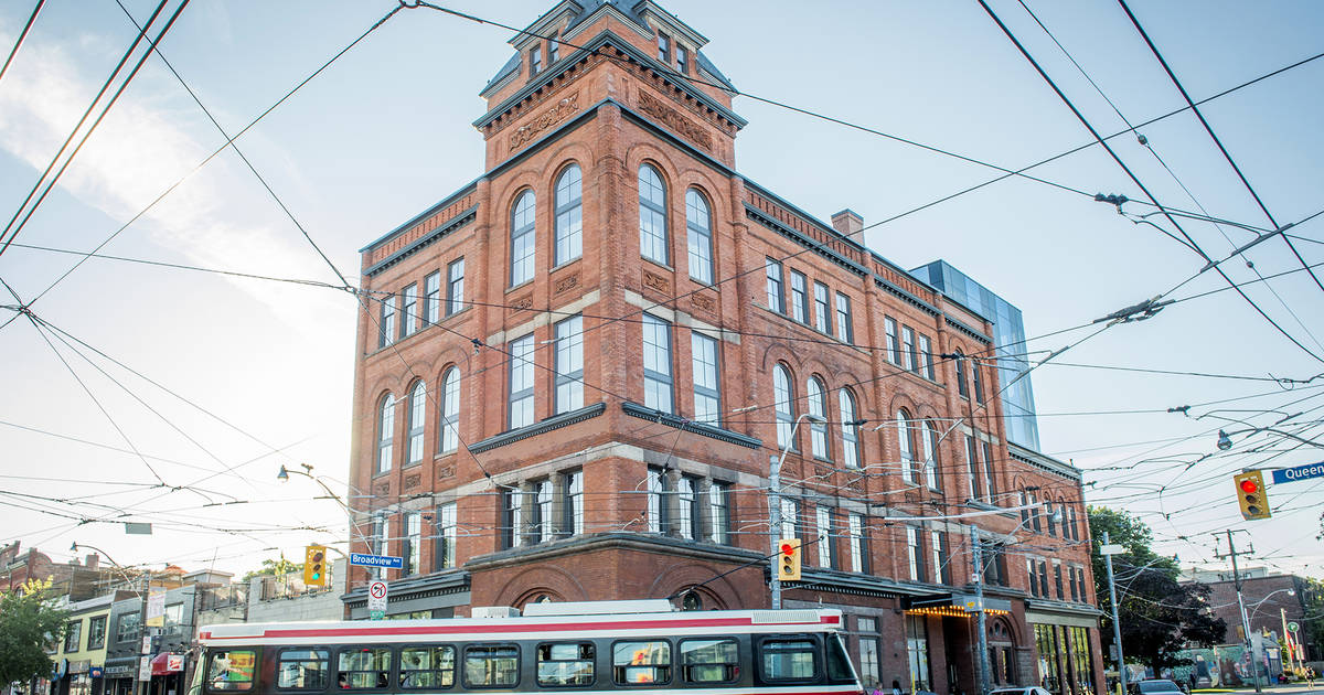The Broadview and Gladstone Hotels close in Toronto despite being essential businesses