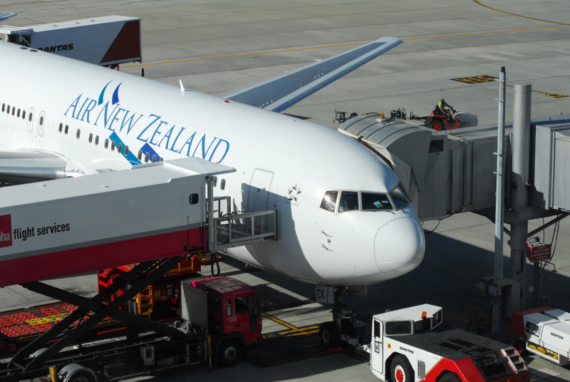 Air New Zealand Employees Recognised with $1,000 Share Award